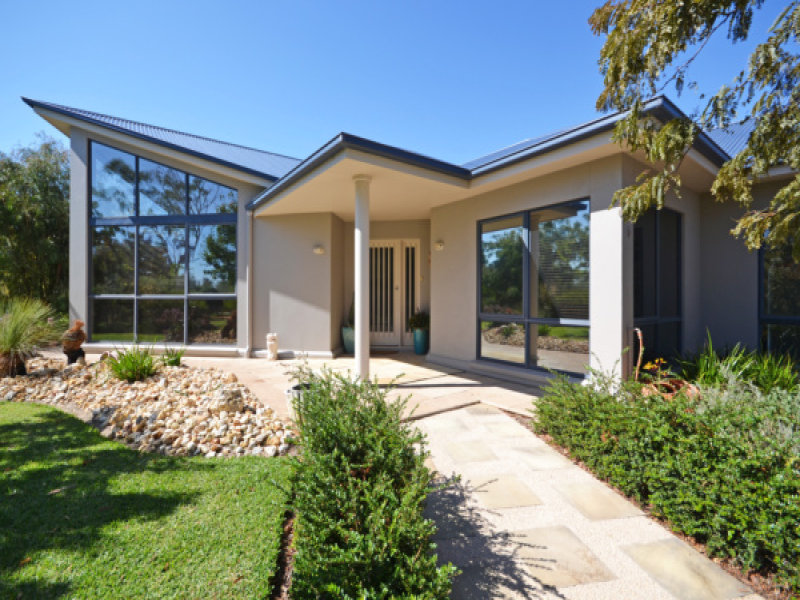 372 Three Bridges Road, Lower Norton, Vic 3401