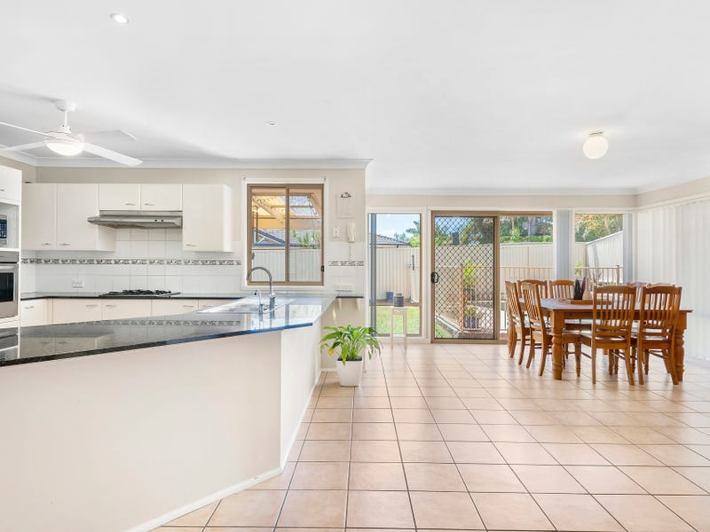 16 Ivory Crescent, Woongarrah, NSW 2259