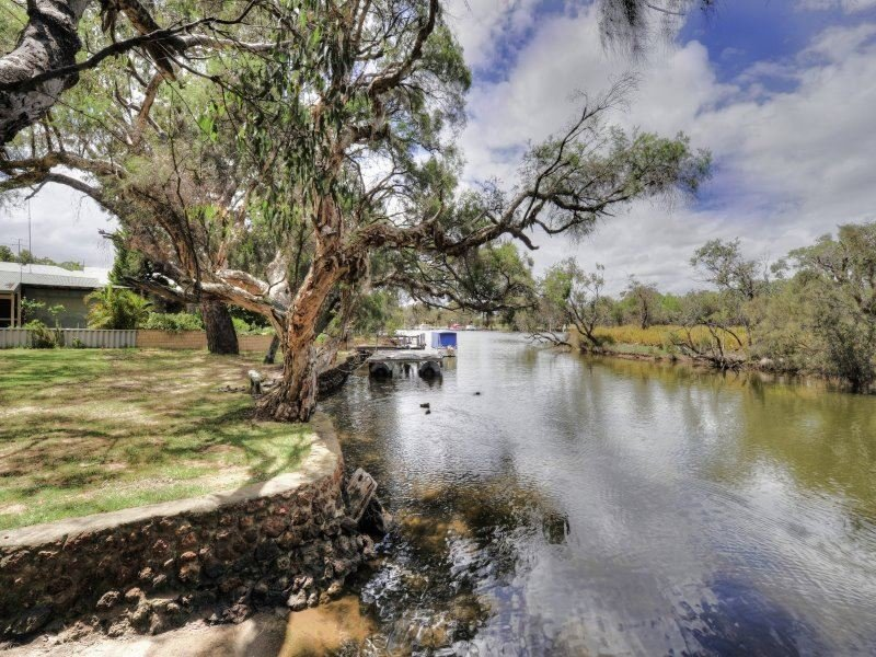 2A Culeenup Road, North Yunderup, WA 6208