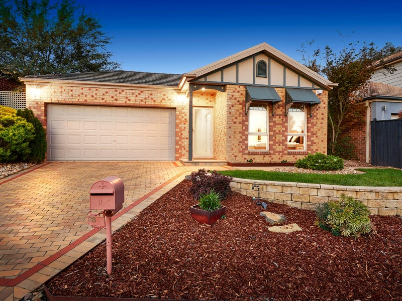 28 Sovereign Crest Boulevard, Rowville, Vic 3178