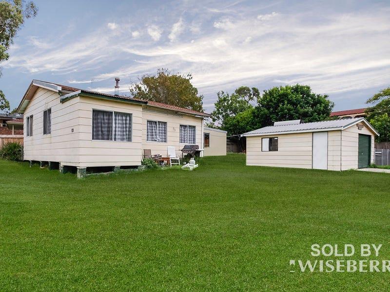 28 Waverley  Road, Mannering Park, NSW 2259