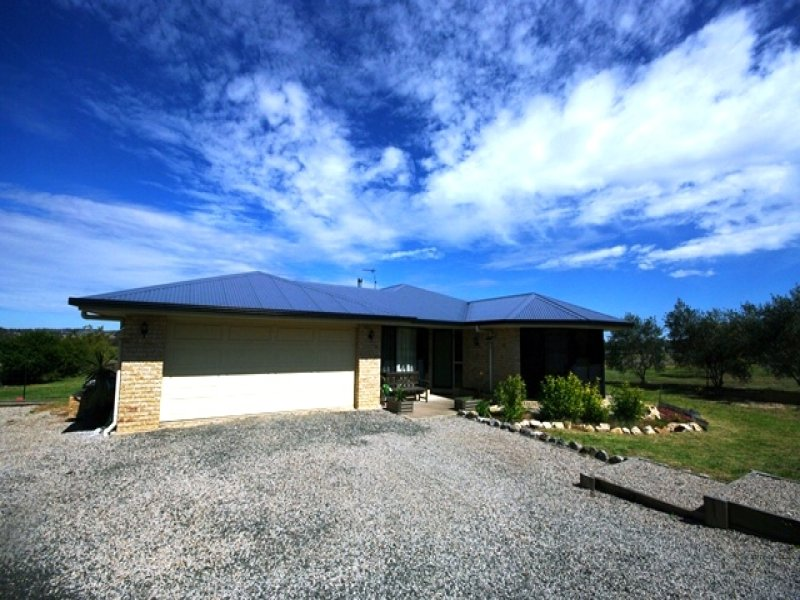 12 Commonwealth Crescent, Gowrie Junction, Qld 4352