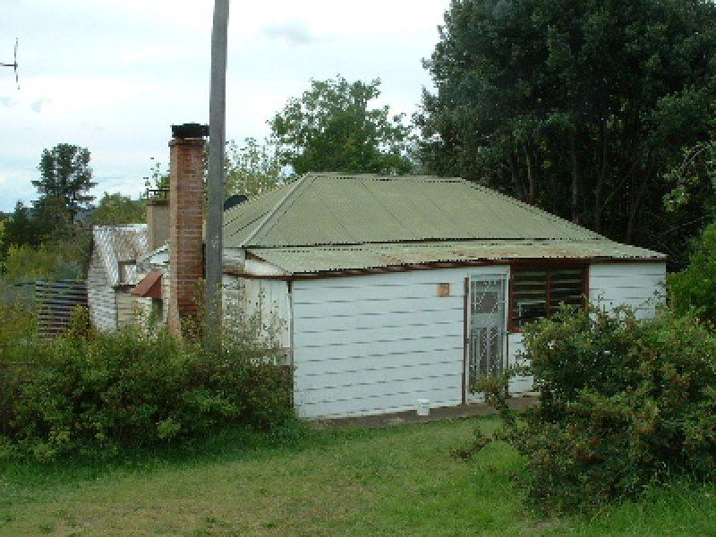 12 Charles Street, Bendemeer, NSW 2355