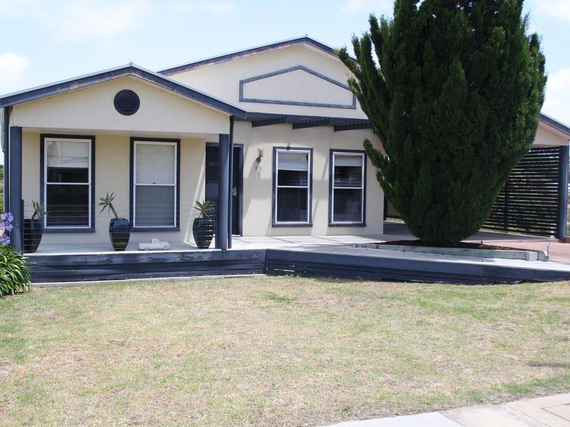 19 Woolundry Road, Robe, SA 5276