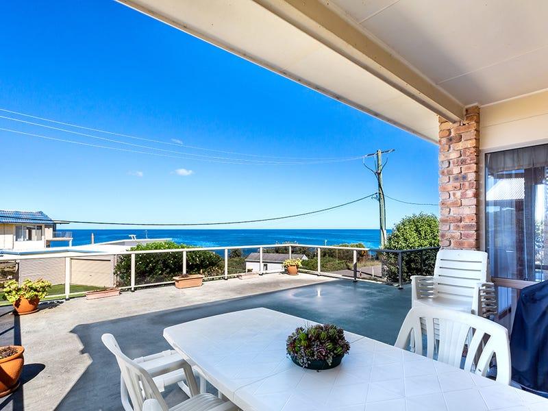 16 Pacific Street, Fishermans Bay, NSW 2316