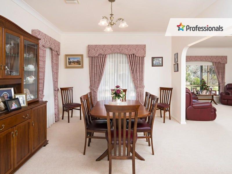 31 Gregadoo Road, Lake Albert, NSW 2650