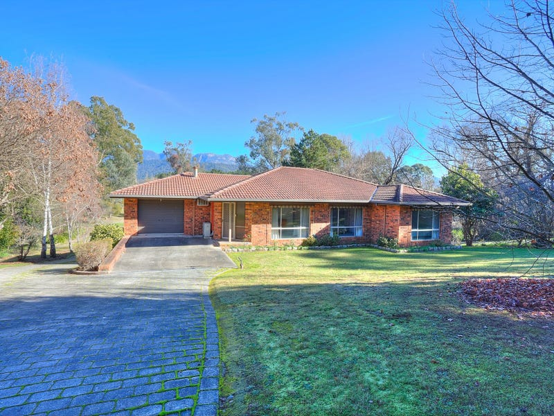 6908 Great Alpine Road Road, Porepunkah, Vic 3740