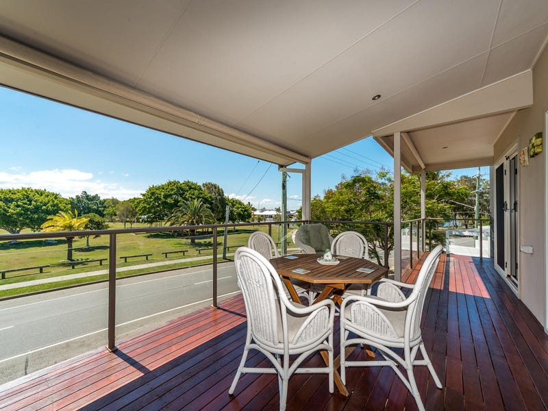 2/39 Abalone Avenue, Paradise Point, Qld 4216