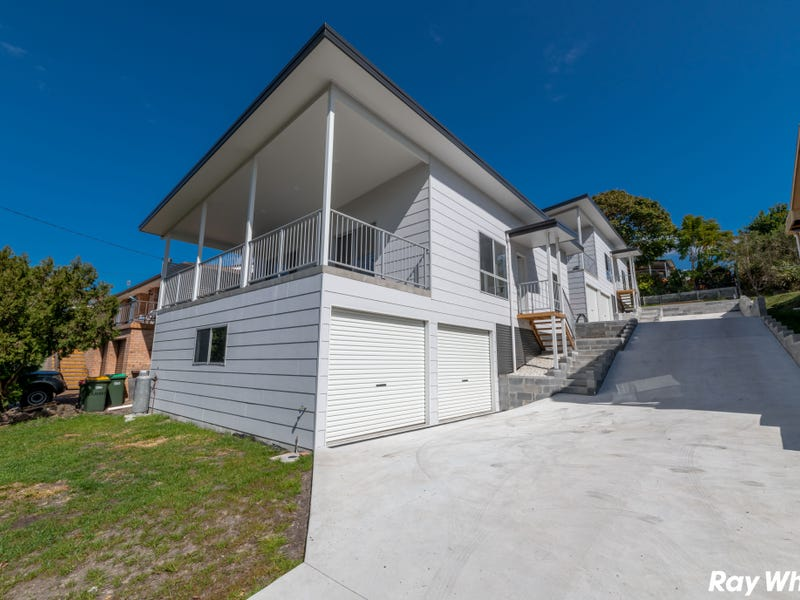 11 Seabreeze Parade, Green Point, NSW 2428