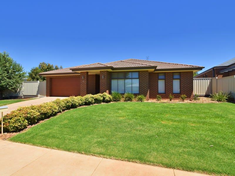 10 Forfar Drive, Moama, NSW 2731
