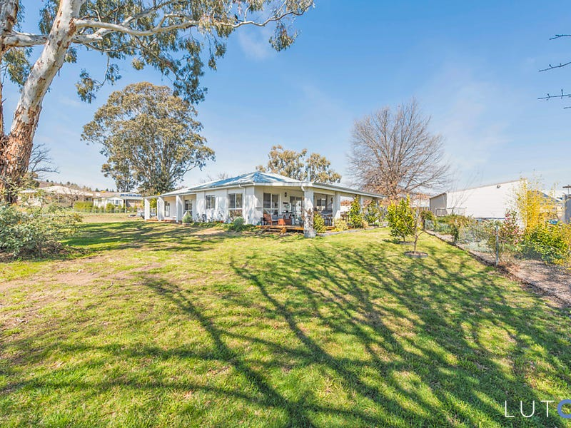 9 Ray Donnelly Street, Uriarra Village, ACT 2611