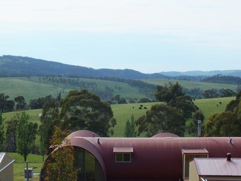14 Hat Hill  Lane, Meadow Flat, NSW 2795