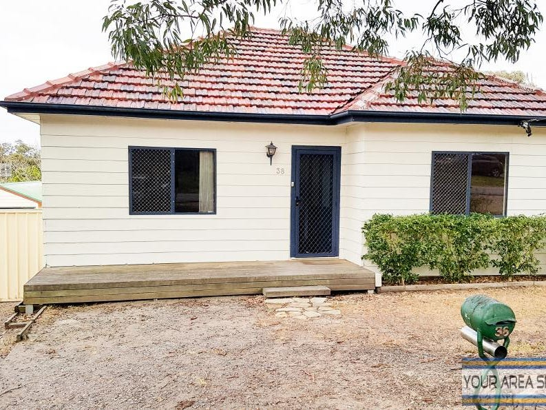 38 Asquith Avenue, Windermere Park, NSW 2264