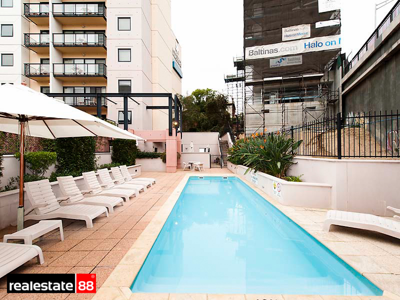 17/110 Mounts Bay Road, Perth, WA 6000