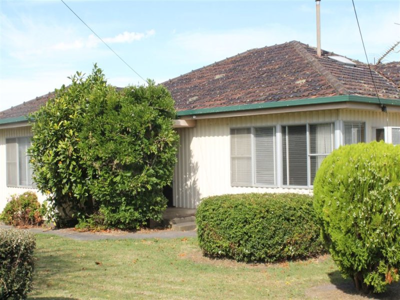 35 Barrett Street, Timboon, Vic 3268