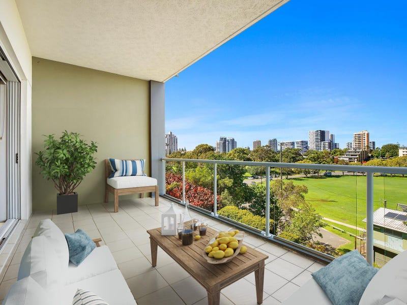 5/50 Dutton Street, Coolangatta, Qld 4225