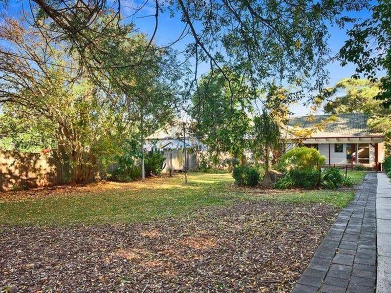 43 Clarendon Road, Peakhurst, NSW 2210