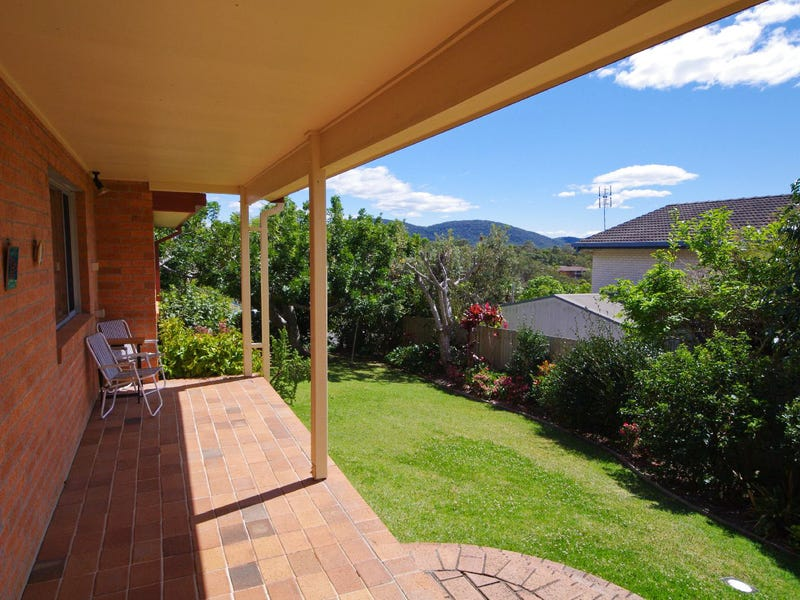 2 Kinchela Street, Crescent Head, NSW 2440