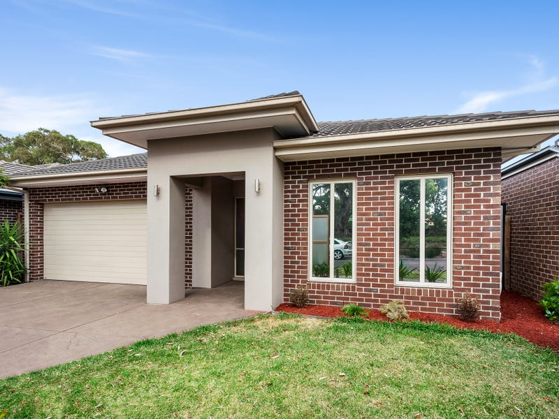 32 Coulthard Crescent, Doreen, Vic 3754