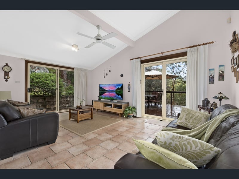 13 Greenhaven Drive, Umina Beach, NSW 2257