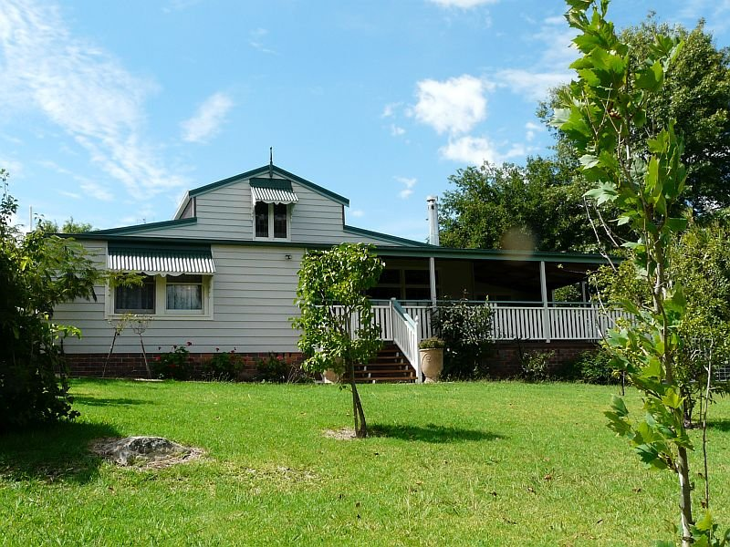 44 Petre, Tenterfield, NSW 2372