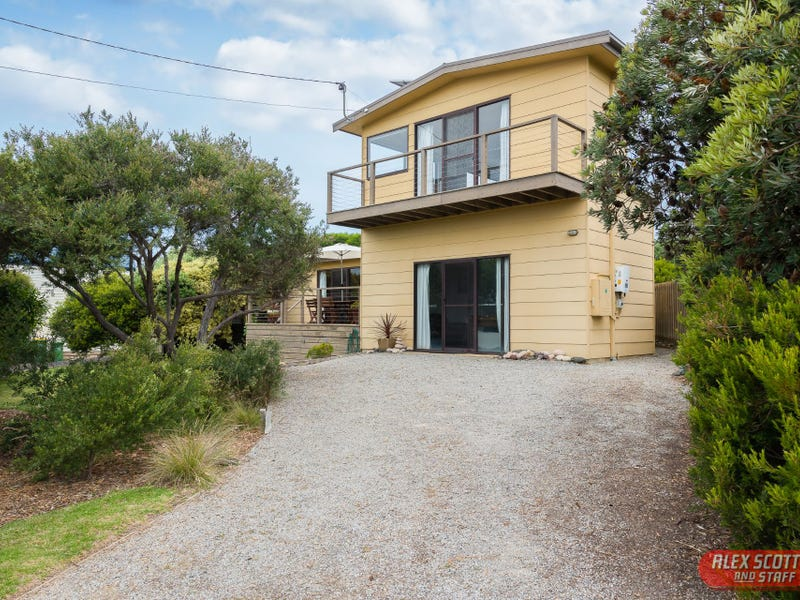 11 MANLY PLACE, Surf Beach, Vic 3922