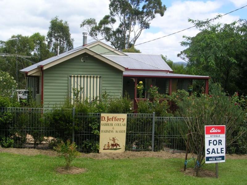 2 MacPherson St, Woodenbong, NSW 2476