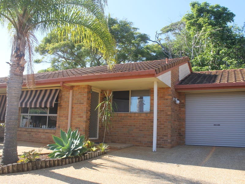 2/8 Leura Place, Port Macquarie, NSW 2444
