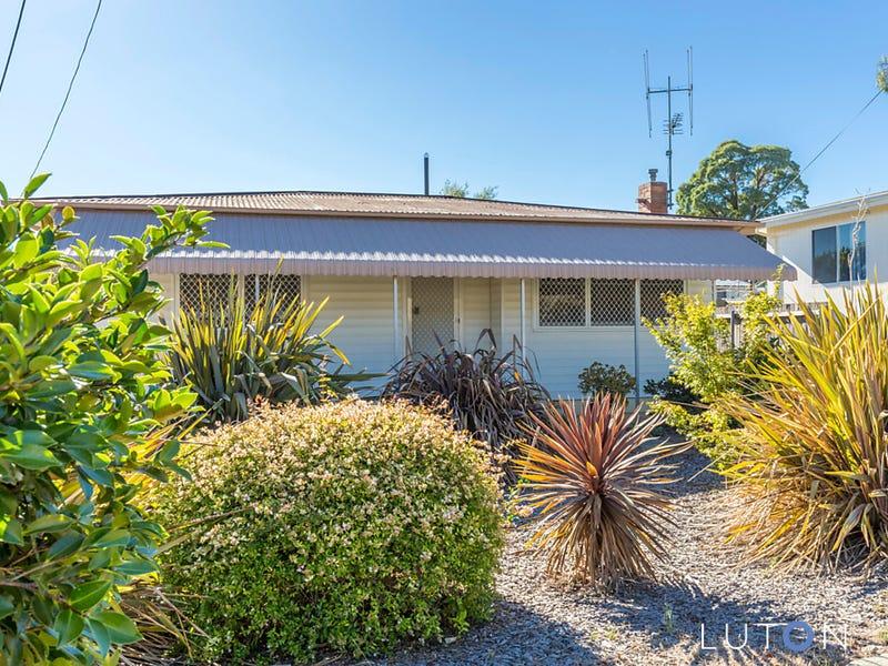 9 Downey Street, Queanbeyan, NSW 2620