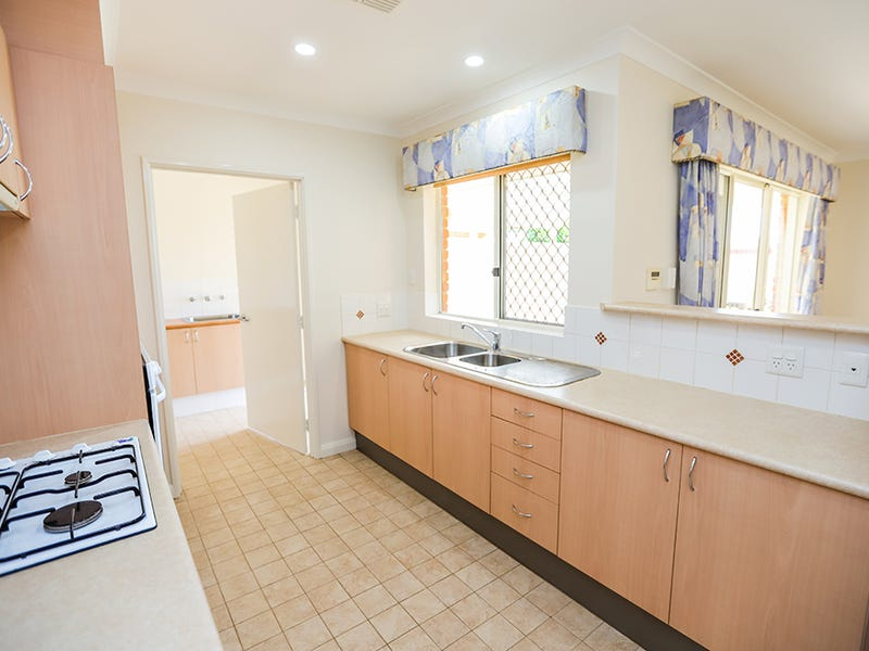 61 Imperial Circuit, Madeley, WA 6065