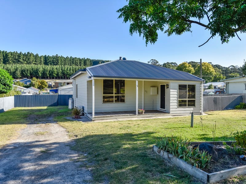 94 Thomas Drive, Mount Burr, SA 5279