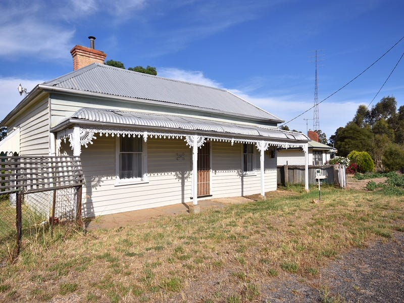 228 Broadway, Dunolly, Vic 3472