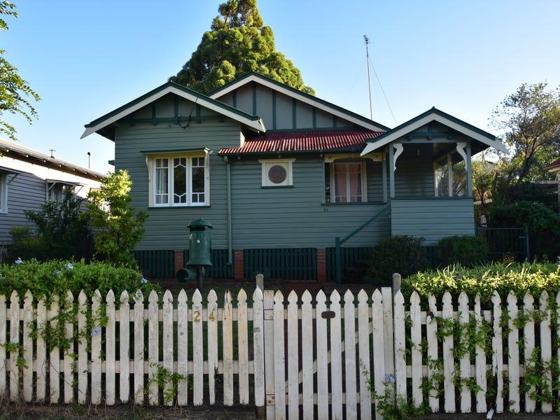 24 Eton Street, East Toowoomba, Qld 4350
