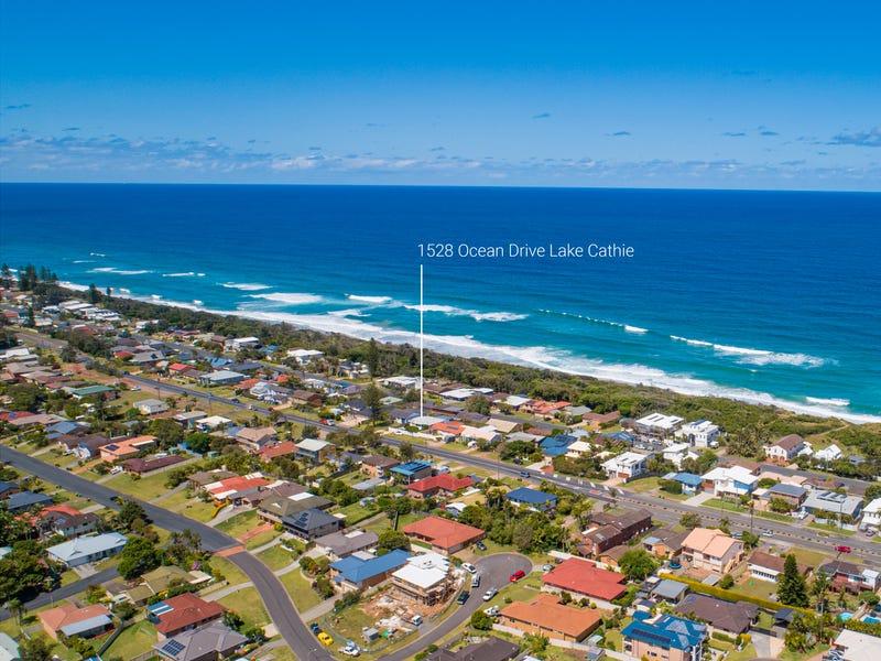 1528  Ocean Drive, Lake Cathie, NSW 2445