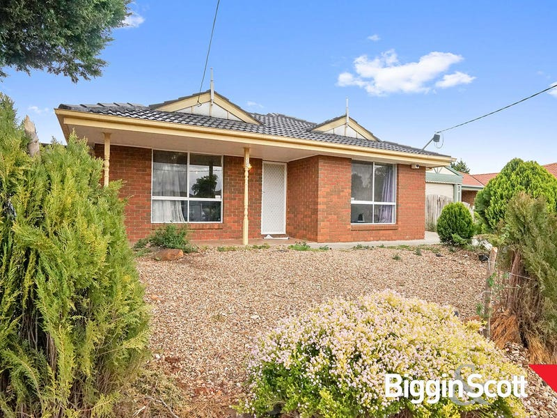 38 Maple Crescent, Hoppers Crossing