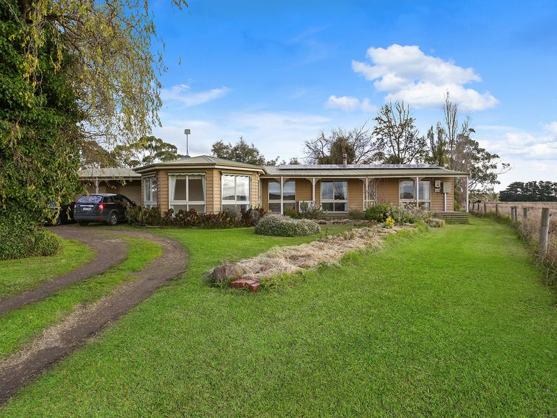 112 Soundrys Road, Elingamite, Vic 3266