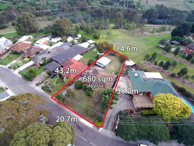 29 Brentwood Drive, Avondale Heights, Vic 3034