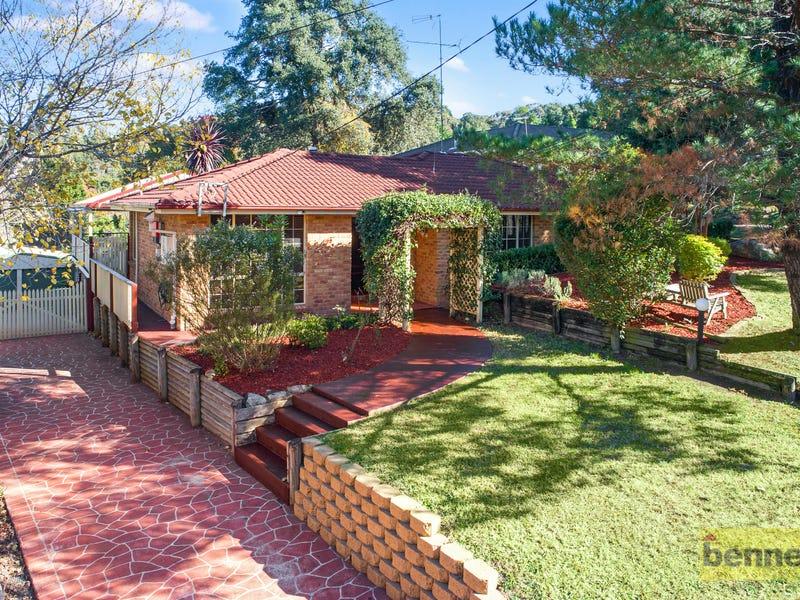 6 Nina Place, Kurrajong Heights, NSW 2758