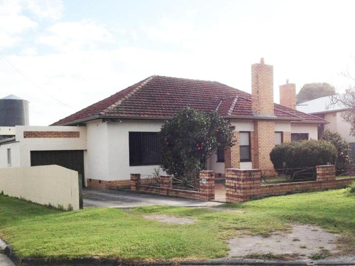 19 Mcrostie Street Millicent Sa 5280 House For Sale