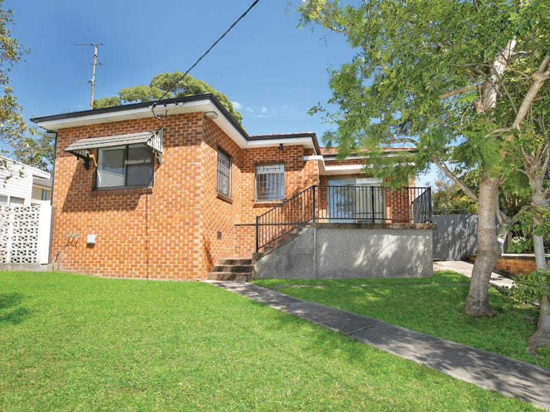 130 Robsons Road, West Wollongong, NSW 2500