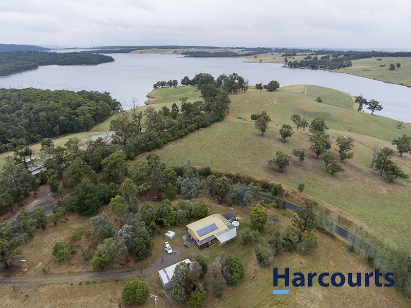 135 Hunts Road, Willow Grove, Vic 3825