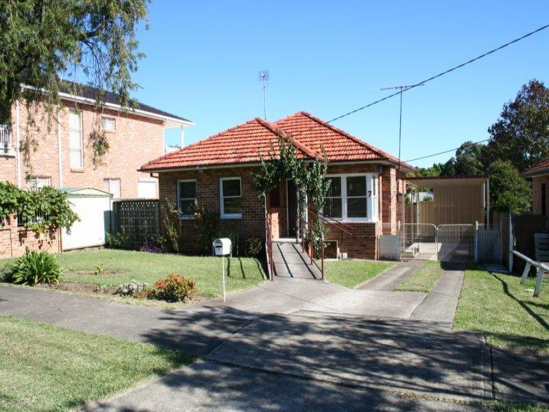 7 Burrimul Street, Kingsgrove, NSW 2208