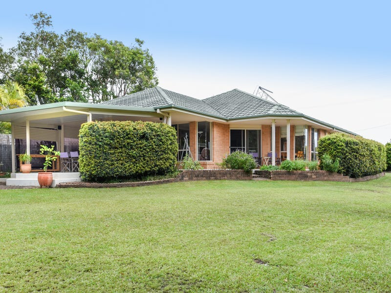60 Arrawarra Road, Arrawarra Headland, NSW 2456