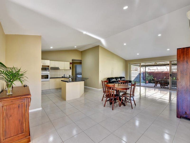 1 Harvard Pl, Forest Lake, Qld 4078