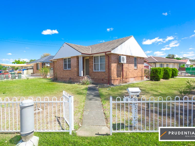 2 Sadleir Ave, Sadleir, NSW 2168
