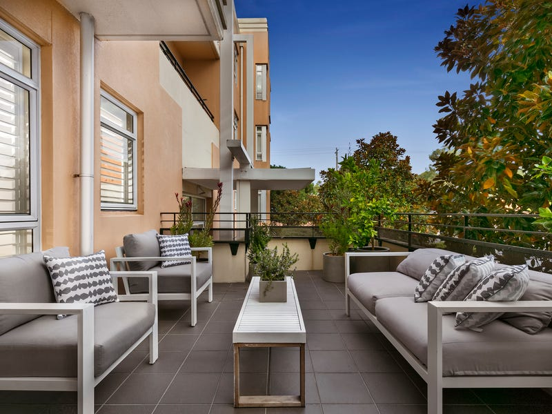 Exceptional 3/2 Seisman Place, Port Melbourne, Vic 3207
