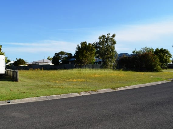 4 Banksia Ave, Tin Can Bay, Qld 4580