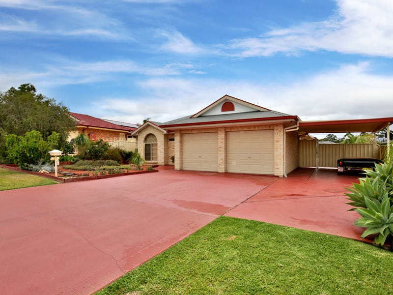 16 Carrington Park Drive, Nowra, NSW 2541
