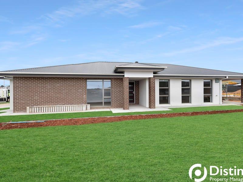 50 Zealie Bend, Googong, NSW 2620