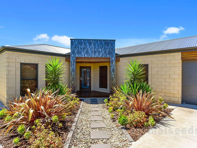 11 Colonel Light Place, Mount Gambier, SA 5290